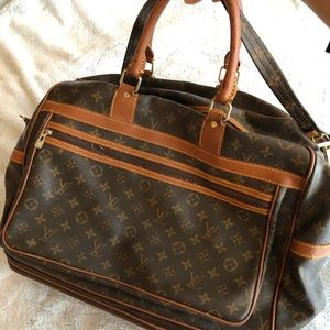 LV Bag/Luggage